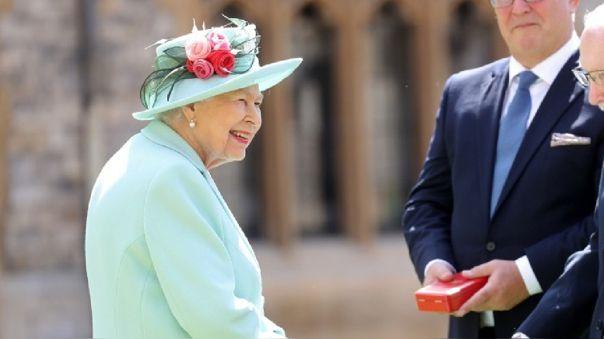 Este año, Isabel II se encuentra aislada junto con su esposo, el Duque de Edimburgo, de 99 años, entre las paredes de Windsor.