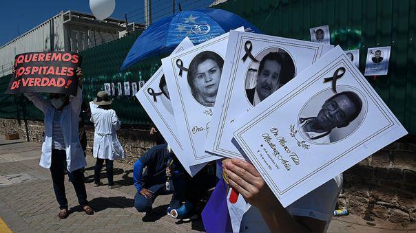 Médicos hondureños denuncian mal manejo de la pandemia por el gobierno
