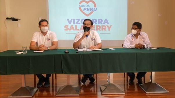 Martín Vizcarra y Daniel Salaverry ofrecieron una conferencia de prensa.