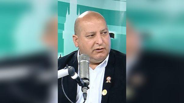 chaclacayo-alcalde-denuncia-que-regidores-de-oposicion-rechazan-por-interes-politico-ambulancia-que-el-compro