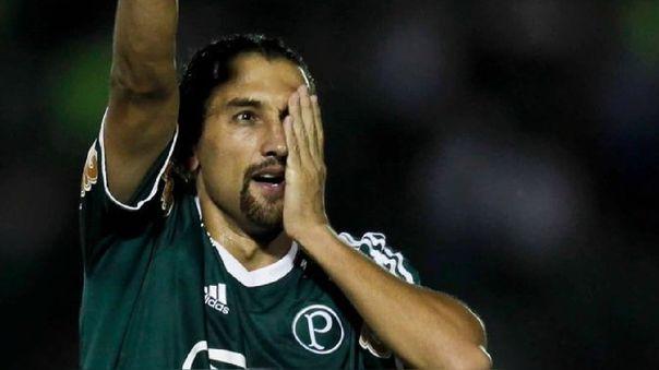 Hernán Barcos disputará la temporada 2021 en Alianza Lima