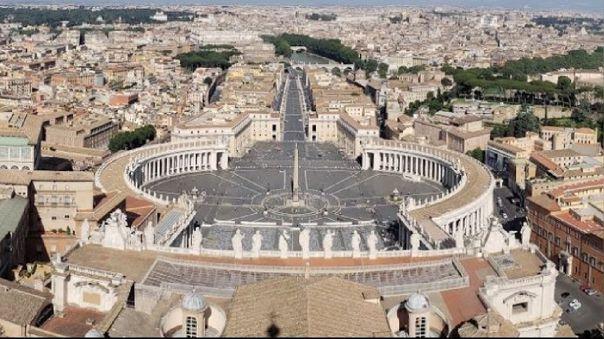 Esta es la primera vez en la que el Tribunal del Vaticano juzga este tipo de delitos presuntamente cometidos dentro del Estado pontificio.