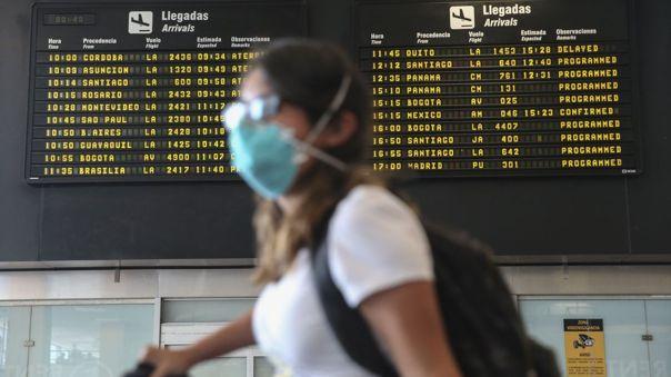 Amplían suspensión de vuelos