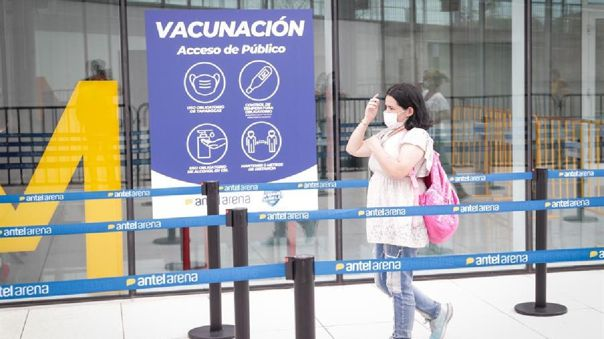 Los centros de vacunación abrieron sus puertas el pasado lunes para administrar las 192 000 dosis del laboratorio Sinovac.