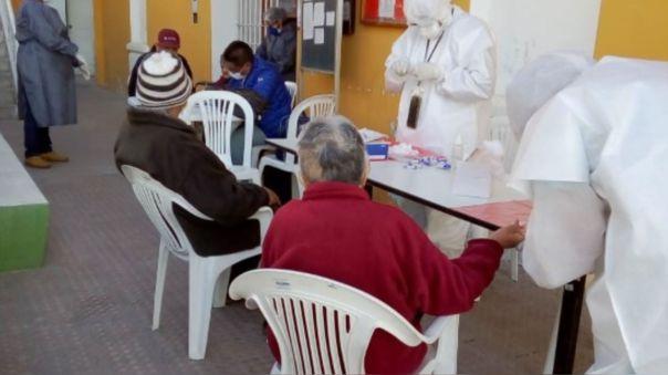 Se tenía programado que la vacunación empiece este sábado 6 de marzo.
