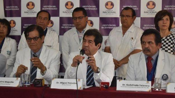 Miguel Palacios, decano del Colegio Médico del Perú