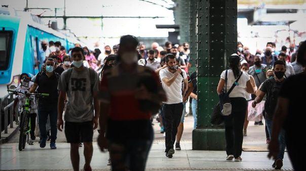Argentina  comenzó su campaña de vacunación contra la COVID-19 a finales de diciembre