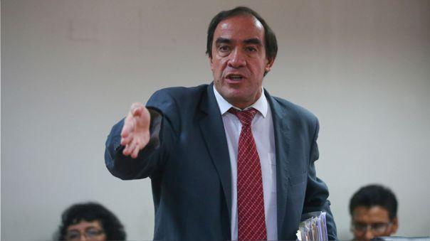 El candidato de Acción Popular planteó la compra de un satélite para que los peruanos tengan acceso a internet en todo el Perú.