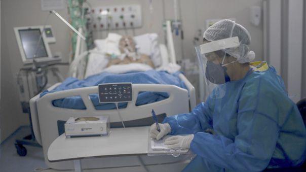 También advirtió del incremento en hospitalizaciones en los últimos 10 días.