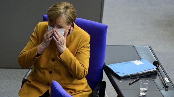 Alemania iba a a aplicar duras restricciones a fin de detener el avance de la COVID-19.