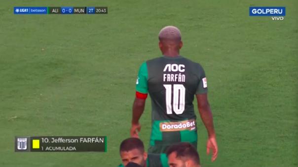 Por reclamar: la amarilla que le sacaron a Jefferson Farfán en su debut con Alianza