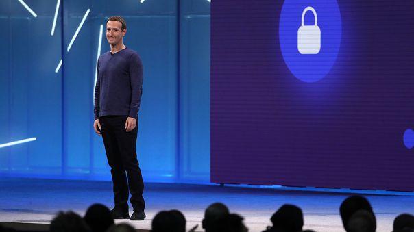 Mark Zuckerberg usa una app que rivaliza con WhatsApp.
