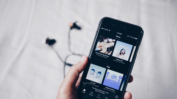 Spotify presenta su asistente de voz en iOS y Android