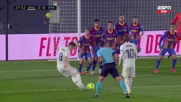 Toni Kroos anotó el 2-0 del Real Madrid en el 'Clásico'
