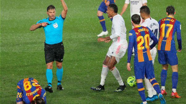 Barcelona perdió en el 'Clásico' y quedó en el tercer lugar de LaLiga