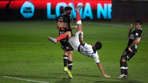 Gabriel Rojas da la vuelta al mundo por su golazo con San Lorenzo.
