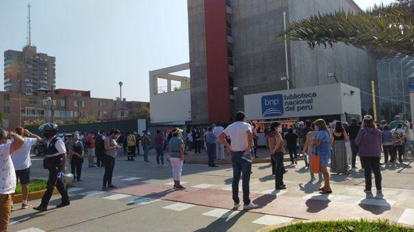Demoras en centros de votación de distritos de Lima oeste perjudicaron a adultos mayores.