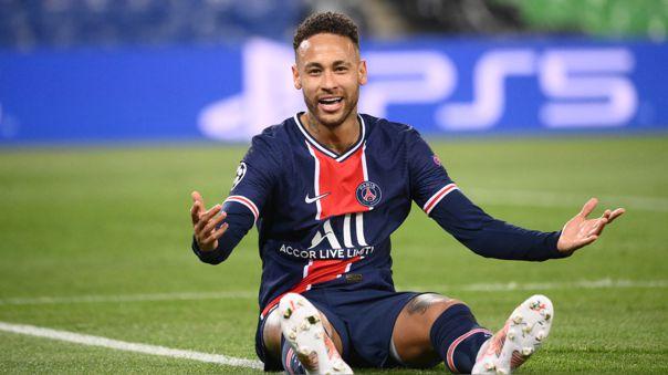 Neymar lleva cuatro temporadas en PSG tras dejar Barcelona en 2017.