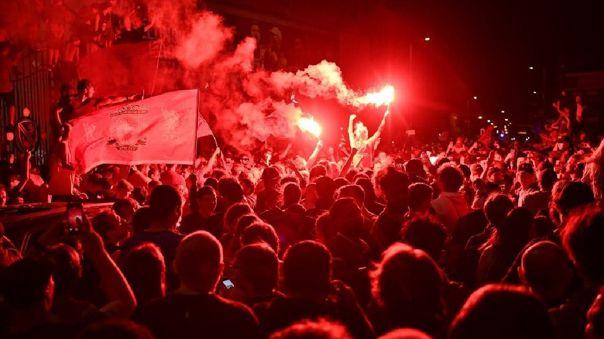 Bus del Real Madrid fue apedreado por aficionados del Liverpool