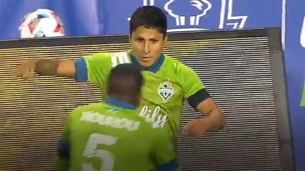 Raúl Ruidíaz festeja su doblete frente al Minnesota United por la MLS.