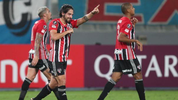 Sao Paulo derrotó a Sporting Cristal en condición de visitante.