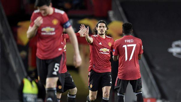 Edinson Cavani festeja su gol ante la Roma con Manchester United.