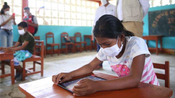 Actualmente hay en Latino América 114 millones de estudiantes que no tienen escolarización presencial.