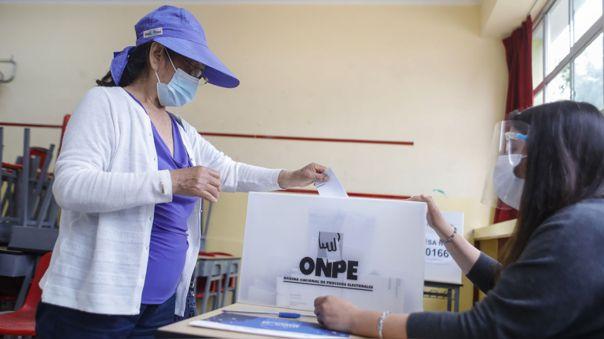 Segunda vuelta electoral se realizará en junio.