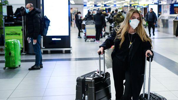 Reino Unido actualizará las restricciones de viajes al extranjero