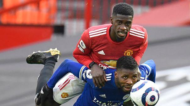 Axel Tuanzebe y el viral por jugar el Manchester United vs. Leicester con un smartwatch.