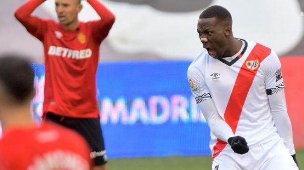 Luis Advíncula tiene contrato con Rayo Vallecano hasta el 2022