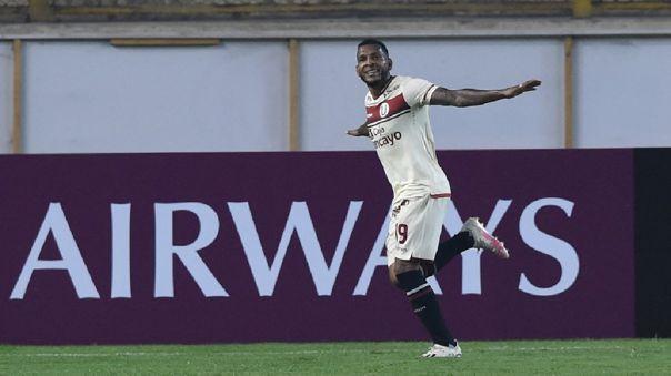 Alberto Quintero marcó el 1-0 de Universitario ante Defensa y Justicia