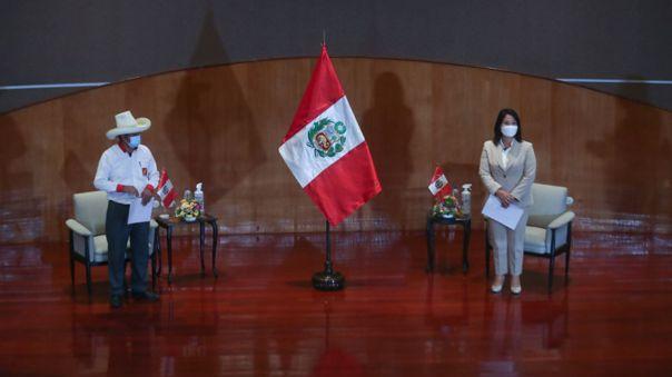 Keiko Fujimori y Pedro Castillo asumen compromiso con Proclama Ciudadana.