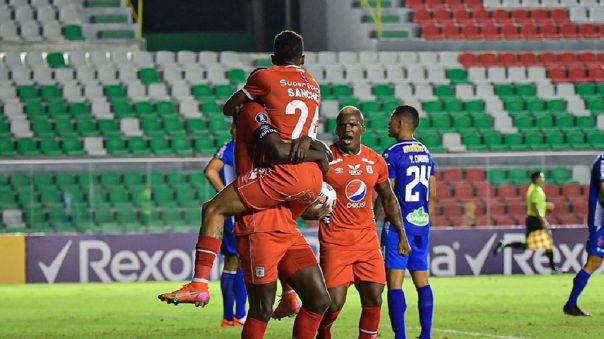 América de Cali se mantiene con vida en la Copa Libertadores.