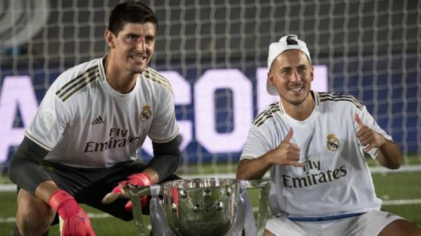 Hazard y Courtois juegan juntos en Real Madrid desde 2019.