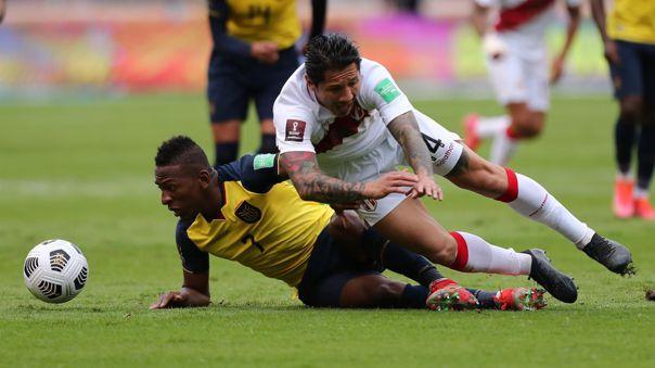 Lapadula aún no anota con la camiseta de la Selección Peruana.