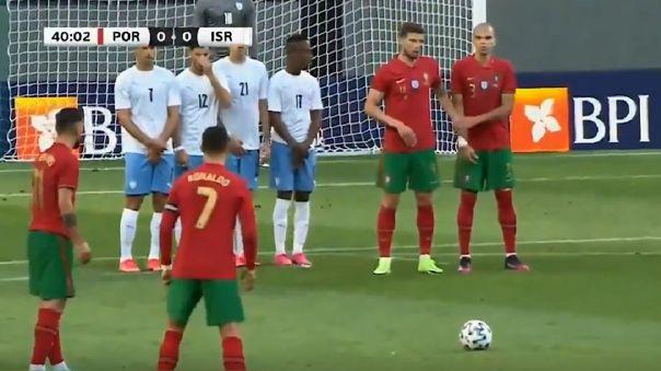 El tiro libre de Cristiano en amistoso de la Selección de Portugal.