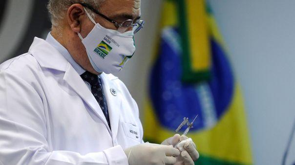 Brasil autorizó este viernes la administración de la vacuna contra la COVID-19 de Pfizer/BioNTech para adolescentes a partir de los 12 años.