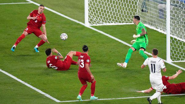 Italia fue superior a Turquía en la fecha 1 de la Eurocopa.