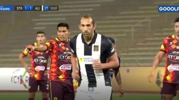 El argentino Hernán Barcos y su nuevo gol en Alianza Lima.