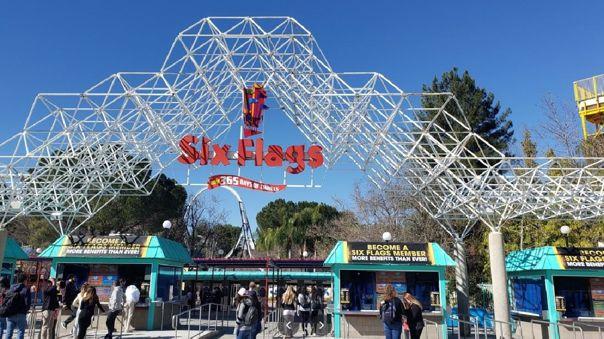 Six Flags Magic Mountain en Florida.