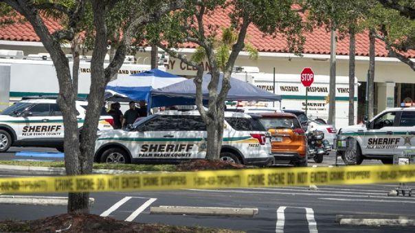 Exesposa de atacante en supermercado de EE.UU. dice que alertó a la Policía