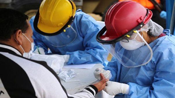 Nuevo tratamiento reduce el riesgo de muerte en pacientes de covid