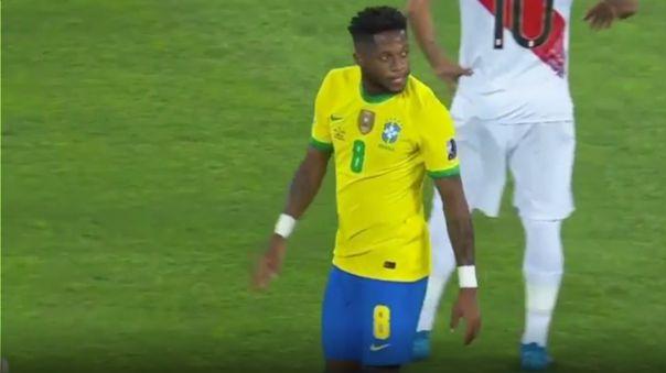 Fred estuvo cerca de anotar en el Perú vs. Brasil