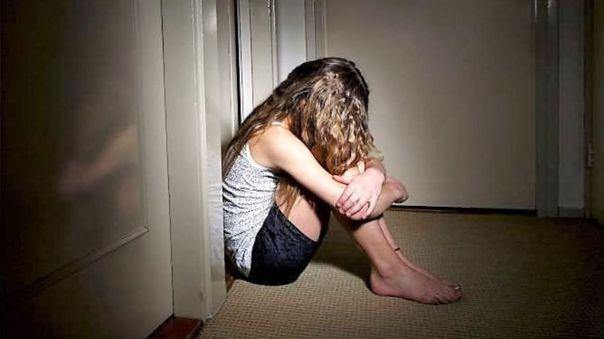 Según la OMS, las noticias sobre el suicidio pueden provocar un efecto de incremento por imitación.