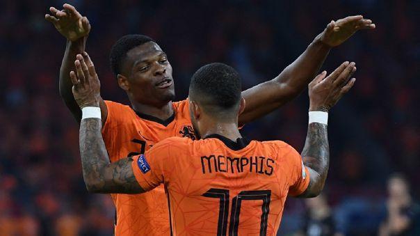 Holanda venció 2-0 a Austria y clasificó a octavos de final de la Eurocopa