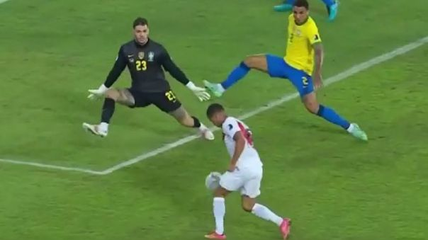 Así fue la jugada entre Yoshimar Yotún y el portero Ederson Moraes.