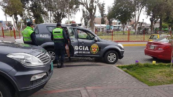 Investigan asesinato en Arequipa.