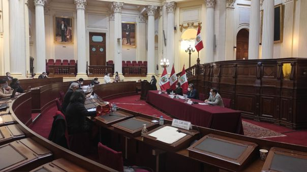 Comisión Especial para la selección de los magistrados del TC.