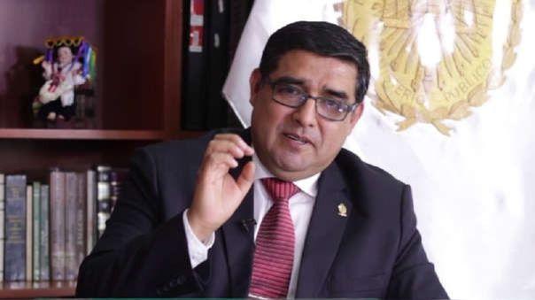 Víctor Rodríguez Monteza.